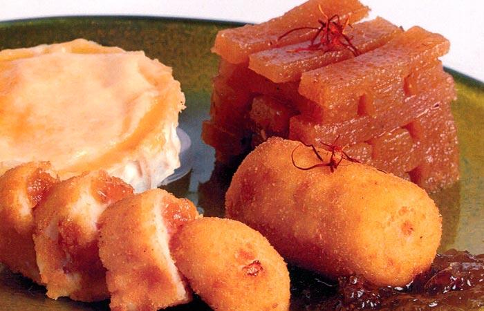 Croquetes de formatge de cabra i codony