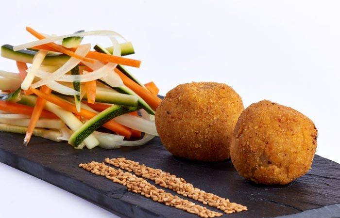 Croquetes de verdures amb sesam